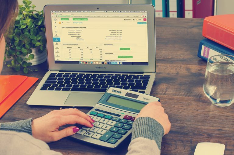 Pricing Your Virtual Assistant Services
